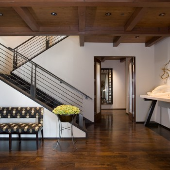 Interior, horizontal, entry, Chihuly glass sculpture, Maffei residence, McLaughlin & Associates, Story Construction, Libby Brost Design
